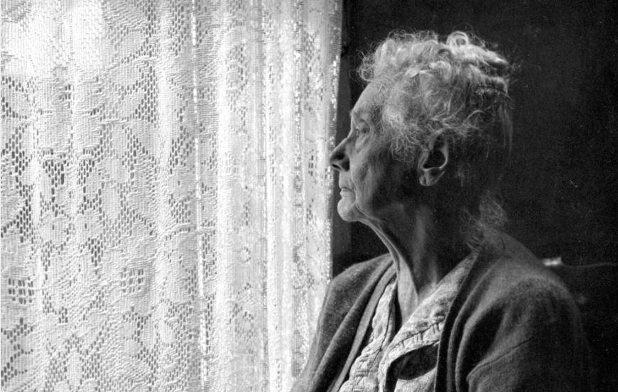 isolement-personne-âgée